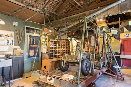 glidermuseum deel geraamte van een glider